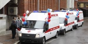 Три новых автомобиля скорой помощи