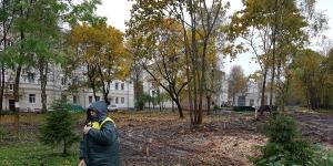В Гатчине продолжают ремонт дворов по программе «Комфортная городская среда»