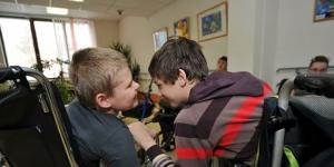 Семьи с детьми-инвалидами в Ленобласти должны быть освобождены от транспортного налога
