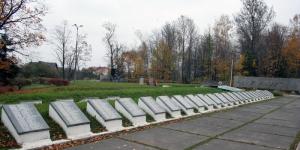 Списки захороненных в братских могилах Гатчинского района