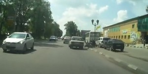 В Гатчине сбили мотоциклиста (ВИДЕО)