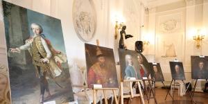 Шестнадцать картин возвращены в Гатчину