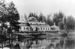 Дворцовая Ферма примет первых посетителей
