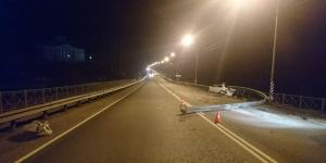 В результате ДТП погиб пассажир, а водителя госпитализировали