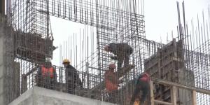 Инспекция работ по строительству перинатального центра в Гатчине