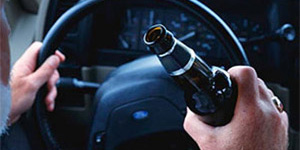 Пьяный водитель BMW протаранил стелу воинской славы